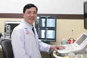 Bác sĩ CKI Huỳnh Quốc Kháng