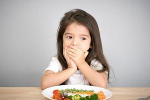 Cách khắc phục biến ăn ở trẻ