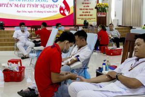 Bệnh viện Đa khoa Thanh Vũ Medic Bạc Liêu đồng hành hiến máu nhân đạo cùng Bệnh viện Huyết học Truyền máu Cần Thơ