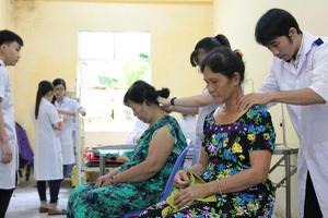 Khám và phát thuốc miễn phí tại xã Long Thạnh, huyện Vĩnh Lợi