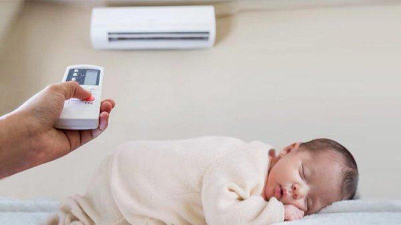 Lưu ý chăm sóc trẻ sơ sinh đúng cách mùa nóng